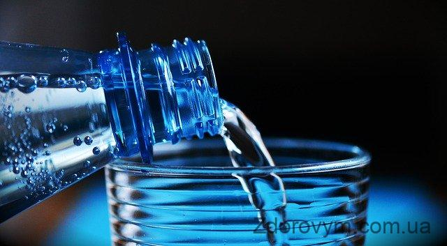 Вода – важливий елемент будь-якої дієти